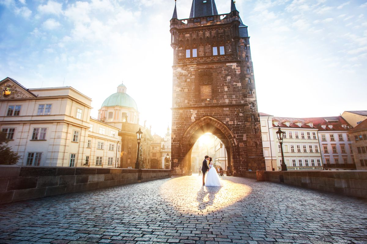 Wedding couple on Charles Bridge in Prague