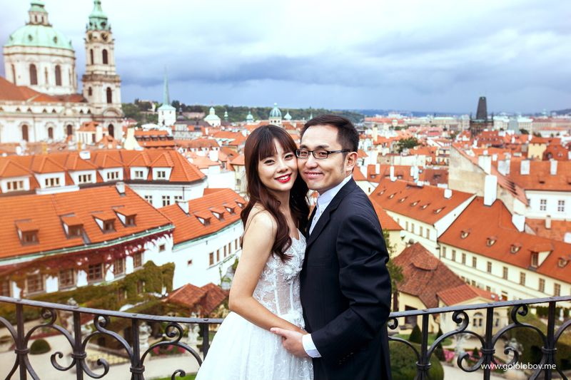 Yan & Yu - Beautiful couple from Hong Kong